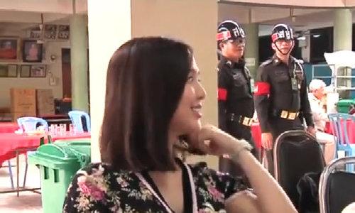 Hotgirl chuyển giới Thái gây sốt ở buổi xét tuyển nghĩa vụ quân sự