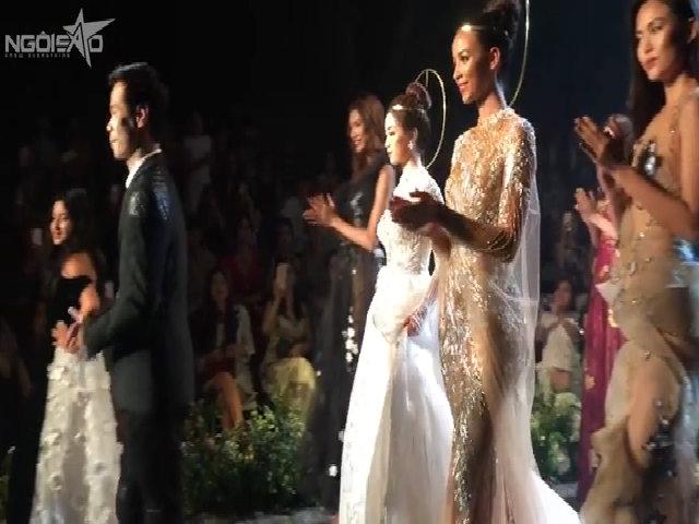 Đỗ Mỹ Linh và Hoa hậu Pháp đọ catwalk