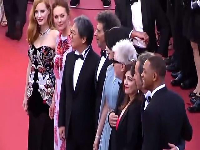 Phạm Băng Băng cùng các giám khảo ở Cannes