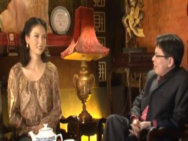 Thủy Hương khoe nhan sắc ở tuổi 53, sau vài tháng sinh con trai