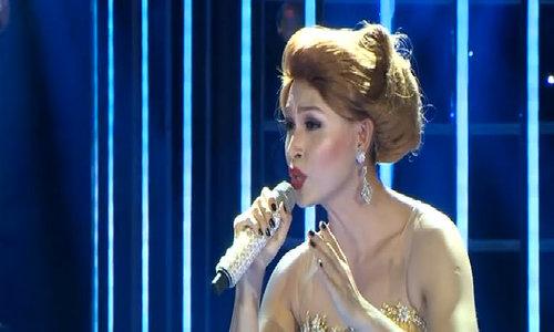 Jun Phạm và các nghệ sĩ biểu diễn tại show 4 Gương mặt thân quen