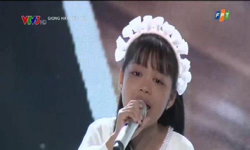 Trần Ngọc Gia Hân hát 'Giấc Mơ Trưa'