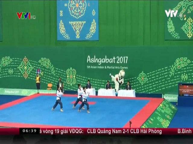 Châu Tuyết Vân và đồng đội giành HC vàng nội dung biểu diễn quyền taekwondo