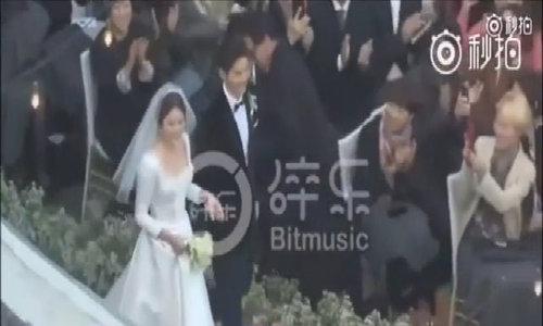 Song Hye Kyo - Song Joong Ki tiến vào lễ đường