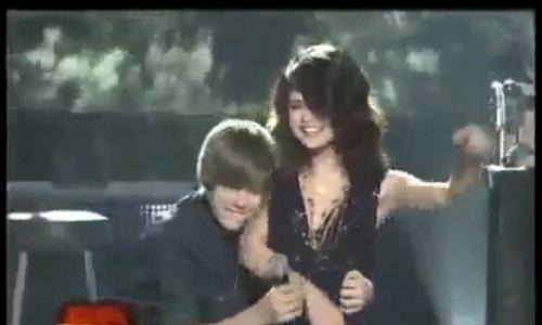 8 năm tình trường sóng gió của Justin Bieber và Selena Gomez