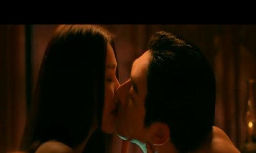 Thanh Hằng gây chú ý với cảnh nóng trong phim 'Mẹ chồng'