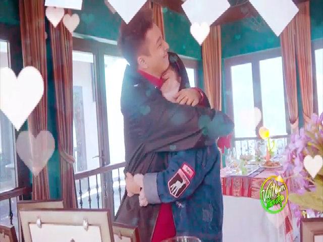 Khổng Tú Quỳnh khóc khi Ngô Kiến Huy tổ chức tiệc kỷ niệm tình yêu