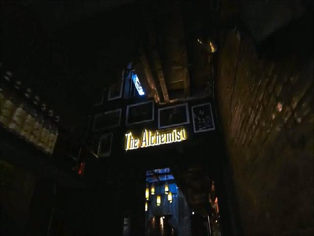 Quán bar không biển hiệu ở Hà Nội