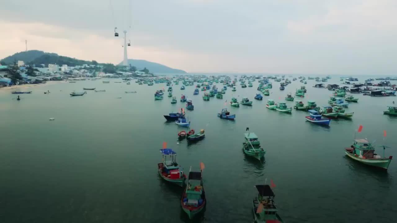 Ngắm biển trời Phú Quốc từ cáp treo Hòn Thơm
