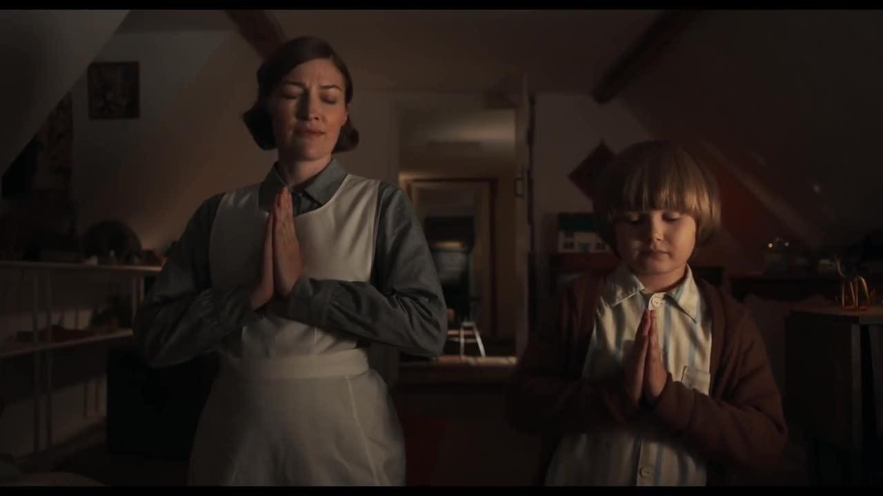 Trailer phim 'Goodbye Christopher Robin'