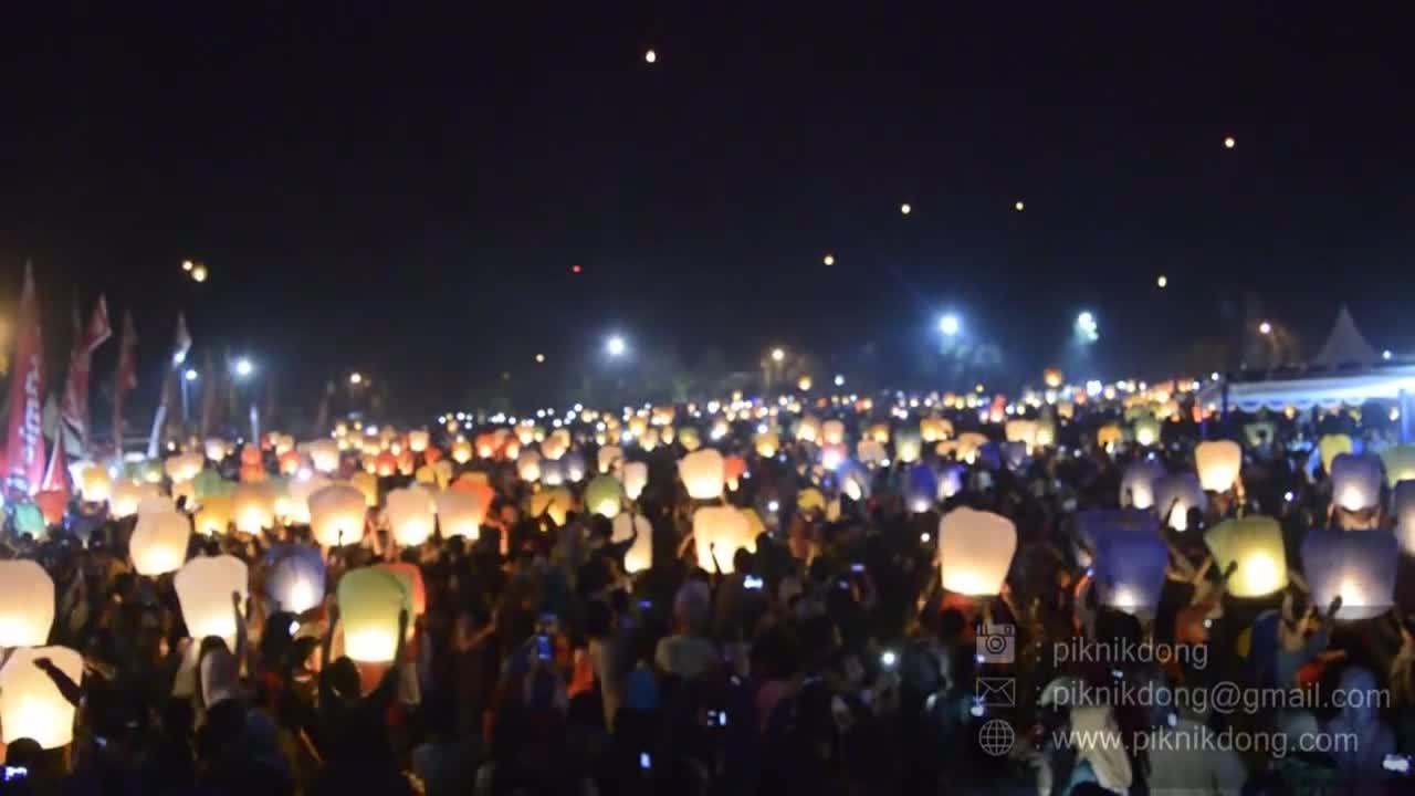 Lễ hội thiên đăng ở Indonesia