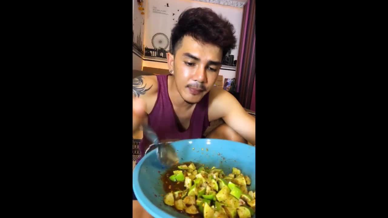 Chanh mắm đường của thánh ăn Thái Lan