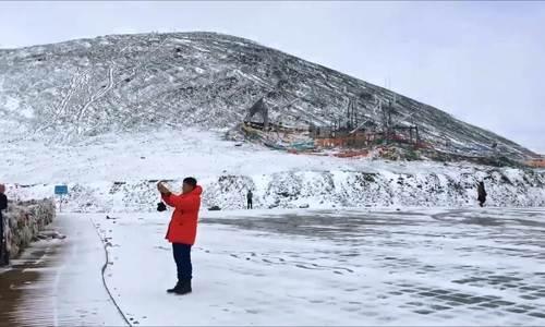 Hành trình đi tìm bình yên ở Tây Tạng của hoa hậu Hương Giang