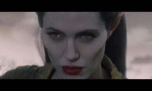 Angelina trong 'Tiên hắc ám'