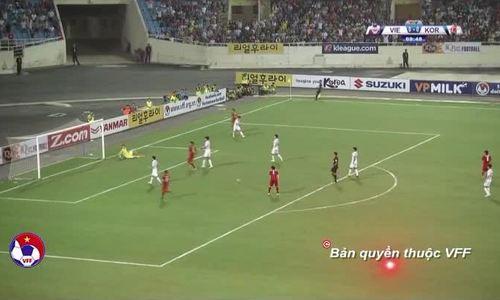 Văn Toàn đánh bại thủ môn Cho Hyun-woo trong trận thắng 1-0 của U23 Việt Nam trước các ngôi sao K-Le