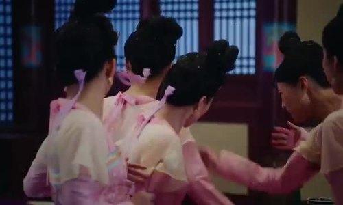 """Hà Diễm Quyên trong phim """"Thâm cung kế"""""""