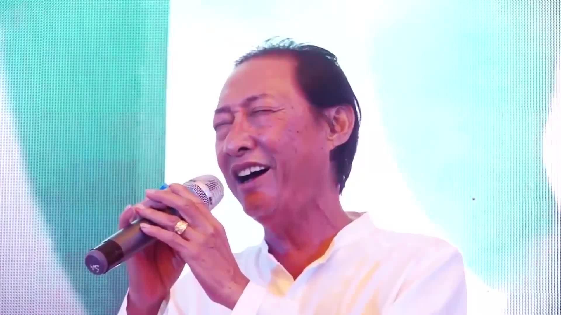 Diễn viên Lê Bình