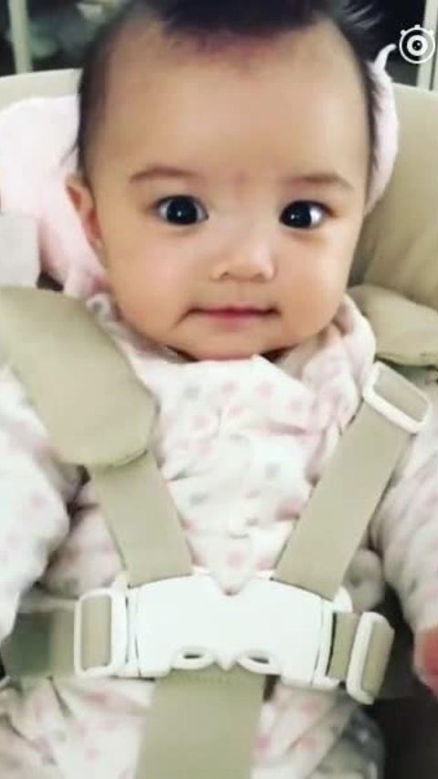 Con gái Hùng Đại Lâm đáng yêu