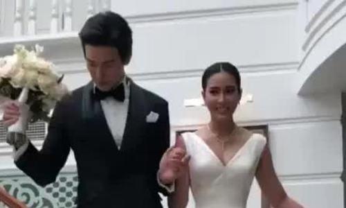 Đám cưới của Push Puttichai