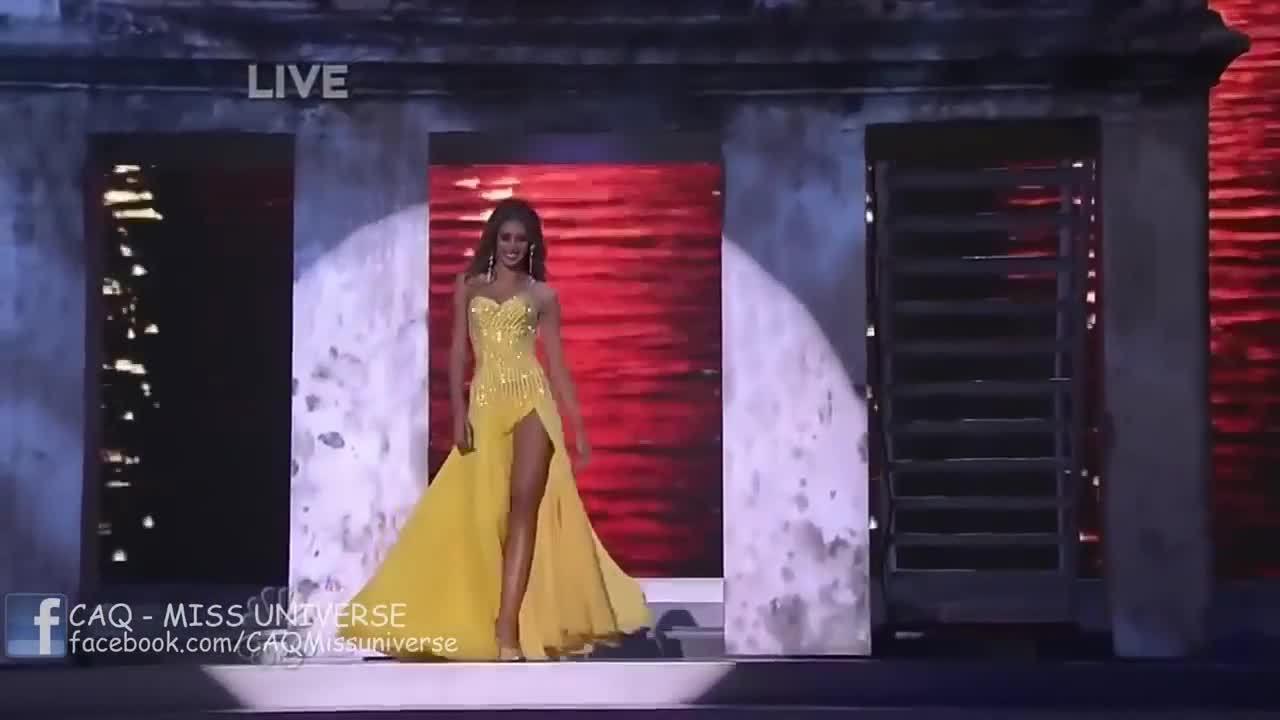 Màn tung váy của Miss Universe 2008 - Dayana Mendoza