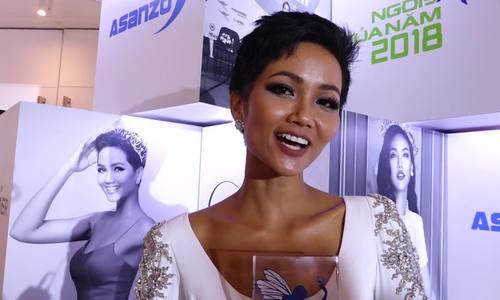 H'Hen Niê, Minh Tú, Lan Phương hạnh phúc với giải thưởng 'Ngôi sao của năm'