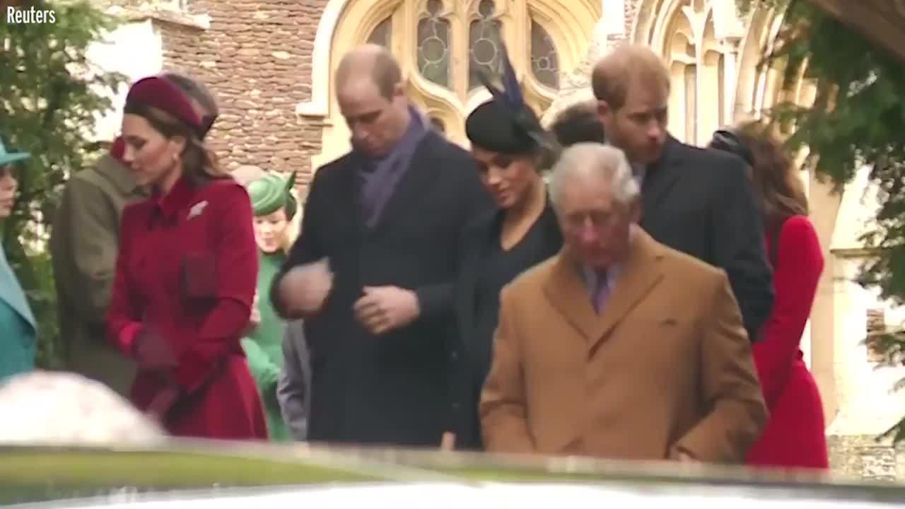 William bị fan 'soi' khoảnh khắc phớt lờ em dâu