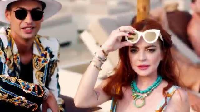 Lindsay Lohan trở lại showbiz sau nhiều năm bôn ba kinh doanh