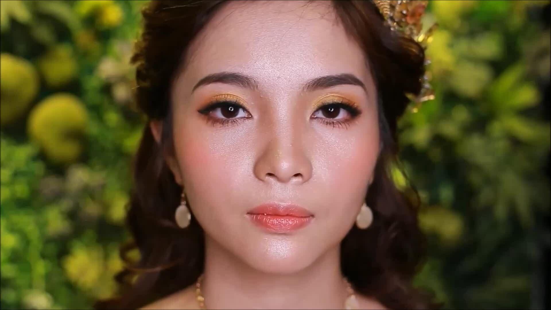 Cưới A-Z: Trang điểm 'rước' may mắn cho cô dâu mệnh Kim