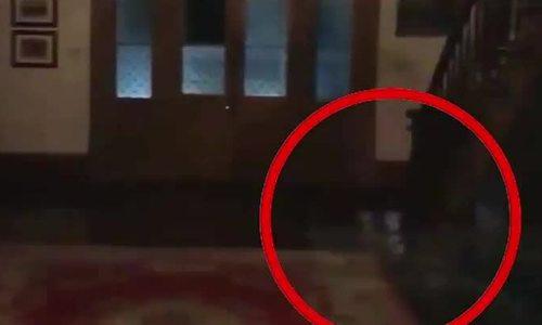 Đôi vợ chồng ghi hình ba hồn ma trẻ em trong căn phòng trọ