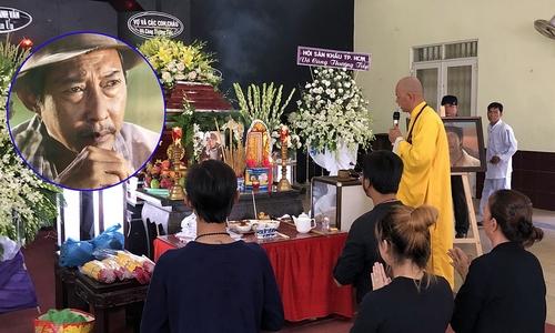 Đám tang nghệ sĩ Lê Bình