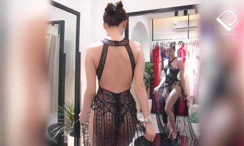 Ngọc Trinh thử váy siêu hở trước khi đến Cannes