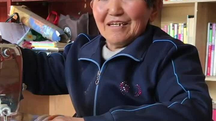 Người phụ nữ nhận nuôi 45 đứa trẻ trong 47 năm
