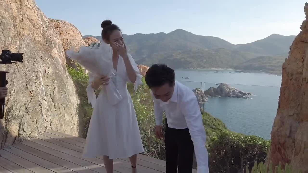 Cường Đôla cầu hôn Đàm Thu Trang