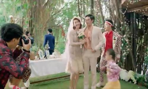 Thúy Ngân diện váy cưới gần 20 triệu đồng trong MV của Trúc Nhân