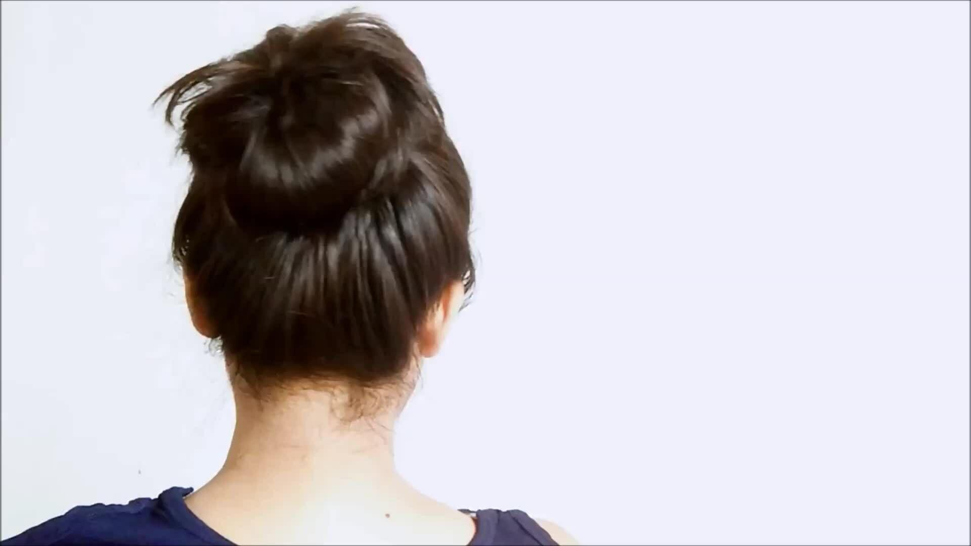 Tạo kiểu tóc búi vừa đẹp vừa điệu chỉ trong một phút