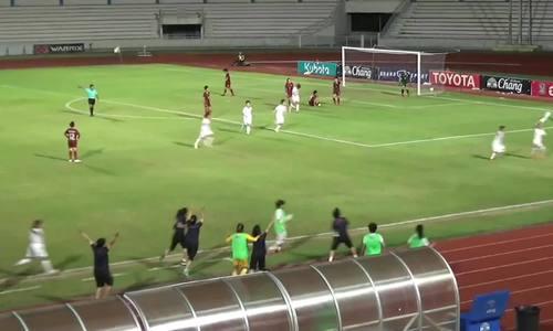 Nữ tuyển thủ Việt Nam bị đuổi sau khi cởi áo mừng bàn thắng