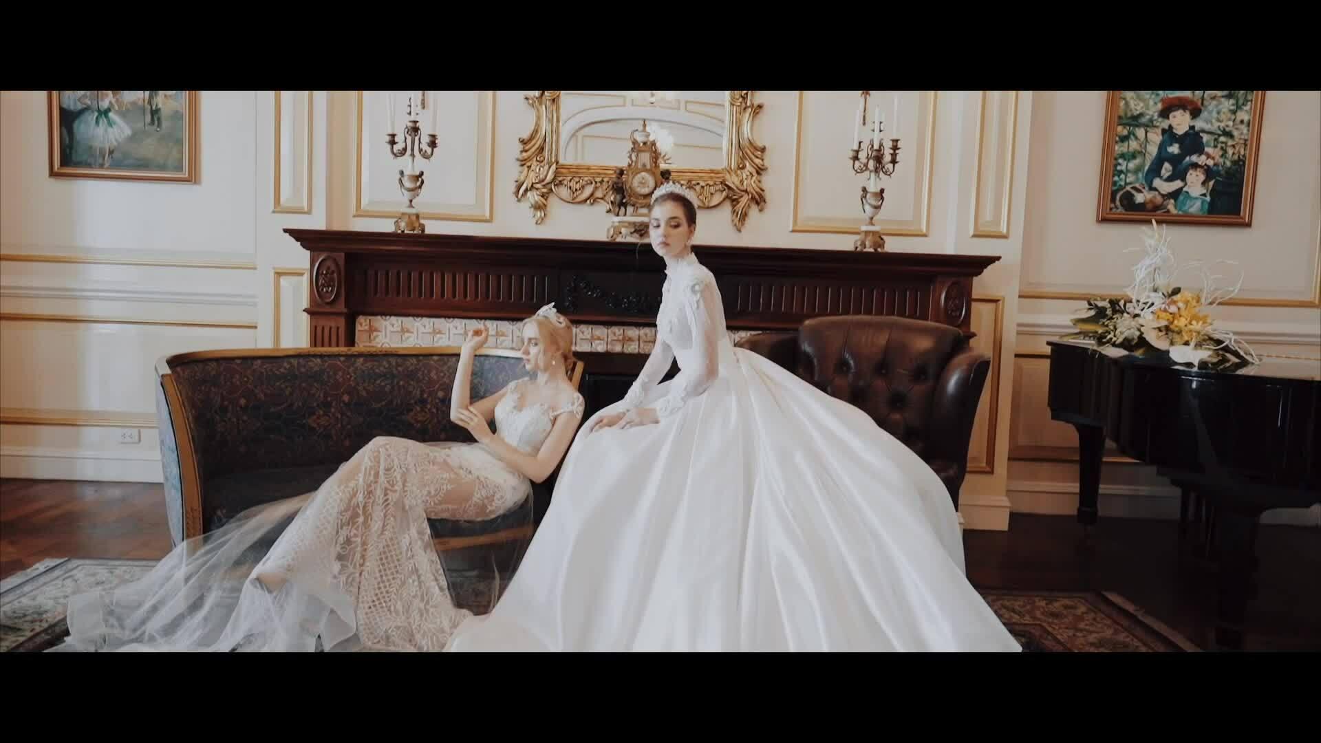 Váy cưới ren lấy cảm hứng hoa cỏ của Phạm Đăng Anh Thư