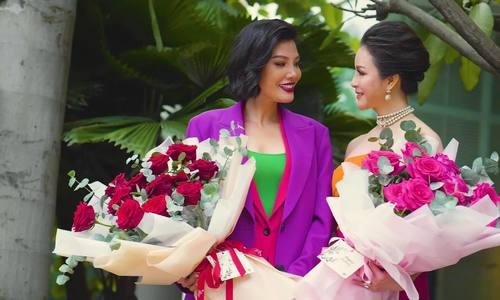 Dàn mỹ nhân mừng sinh nhật của Thanh Mai, Vũ Cẩm Nhung