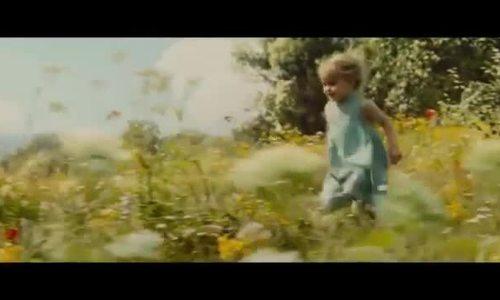 Vivienne đóng Aurora trong 'Maleficent'
