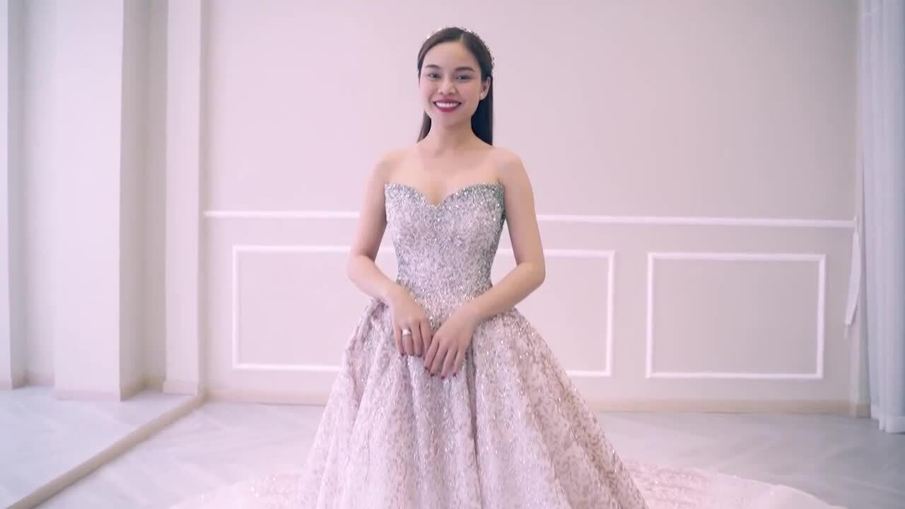 Giang Hồng Ngọc diện 3 váy cưới hơn nửa tỷ đồng