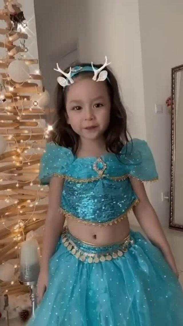 Lưu Hương Giang bất ngờ khi con út nhạc phim Frozen 2