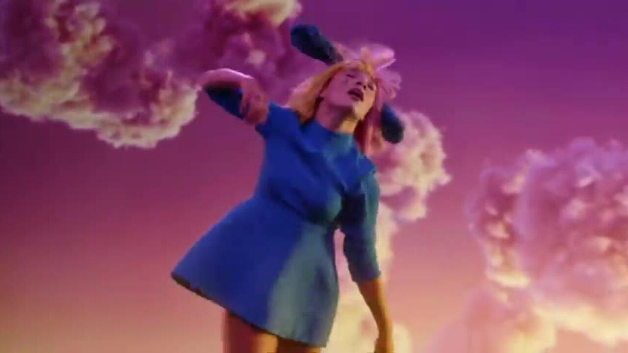 Ca sĩ Sia: 'Tôi chỉ thích sex không ràng buộc'