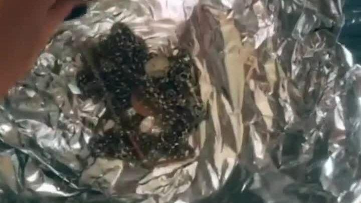 Mẹo làm sáng trang sức bạc trong  5 phút