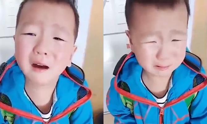 Cậu bé khóc nức nởvì quên lớp sau thời gian cách ly