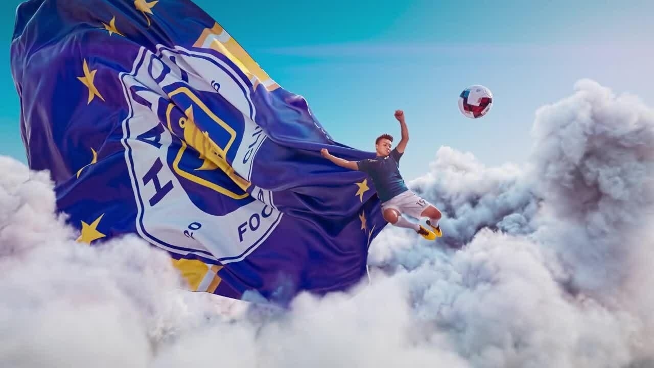 Các sao V-League trổ tài 'trên trời'