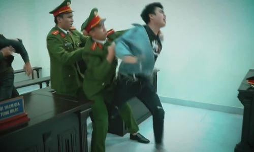 Phương Oanh 'hở trên hở dưới' ra mắt phim mới