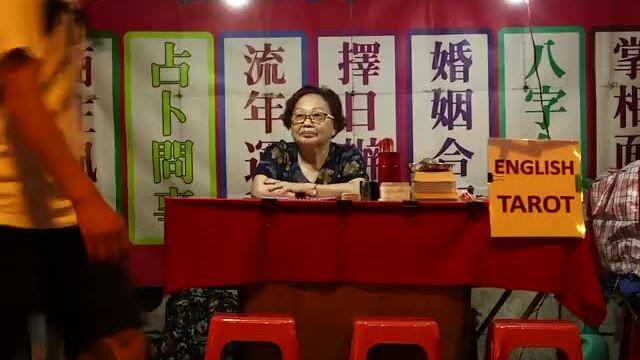 Phố xem bóiở Hong Kong nguy cơ xóa sổ vì Covid