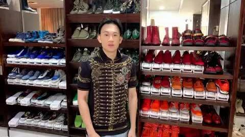 Dương Triệu Vũ tiết lộ tủ giày hiệu nghìn đôi của Mr Đàm