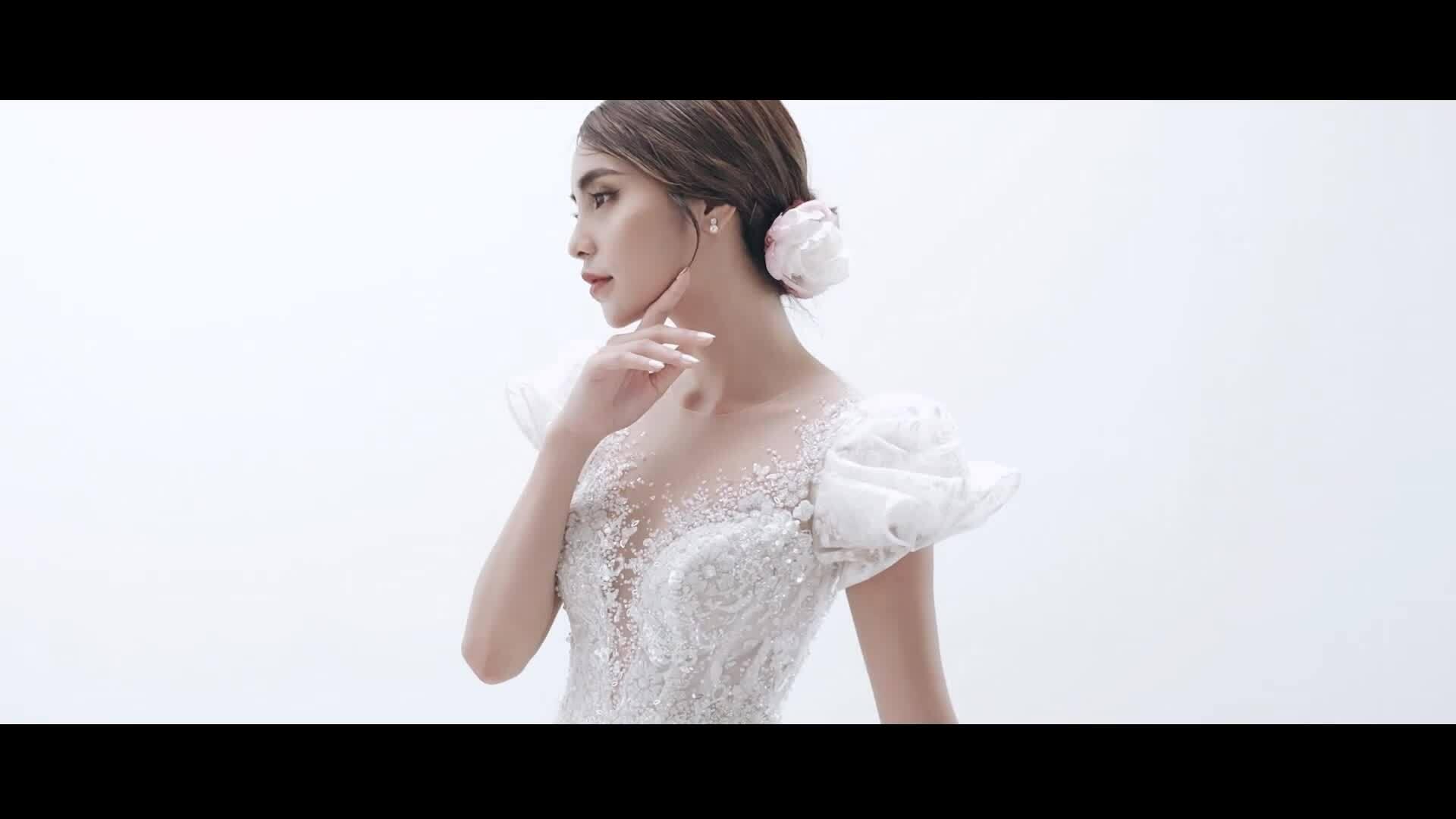 Váy cưới phong cách quý tộc châu Âu