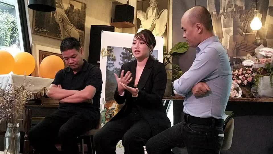 Khánh Linh: 'Tôi từng buồn thê thảm'